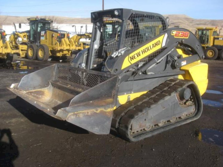 2011 New Holland C238 - New Holland Loaders