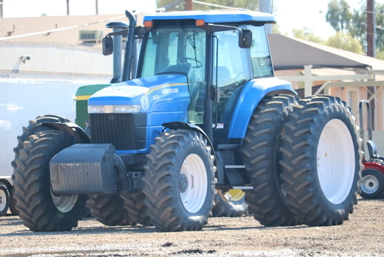 2000 New Holland 8970 - New Holland Tractors