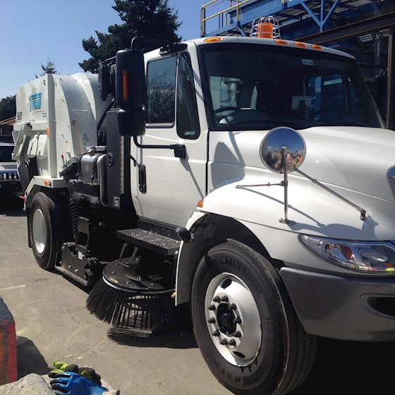 2015 Tymco BAH 600 - Tymco Sweepers & Broom Equipment
