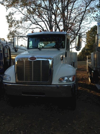 2016 Peterbilt 337 - Peterbilt Water Trucks