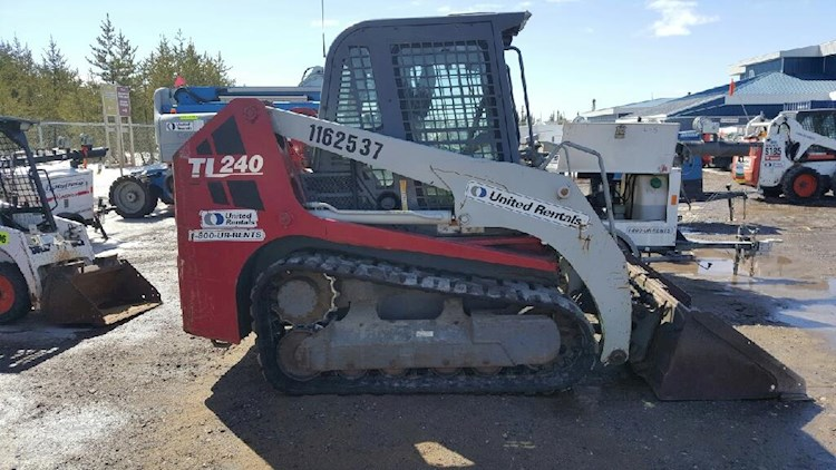 2010 Takeuchi TL240 - Takeuchi Loaders